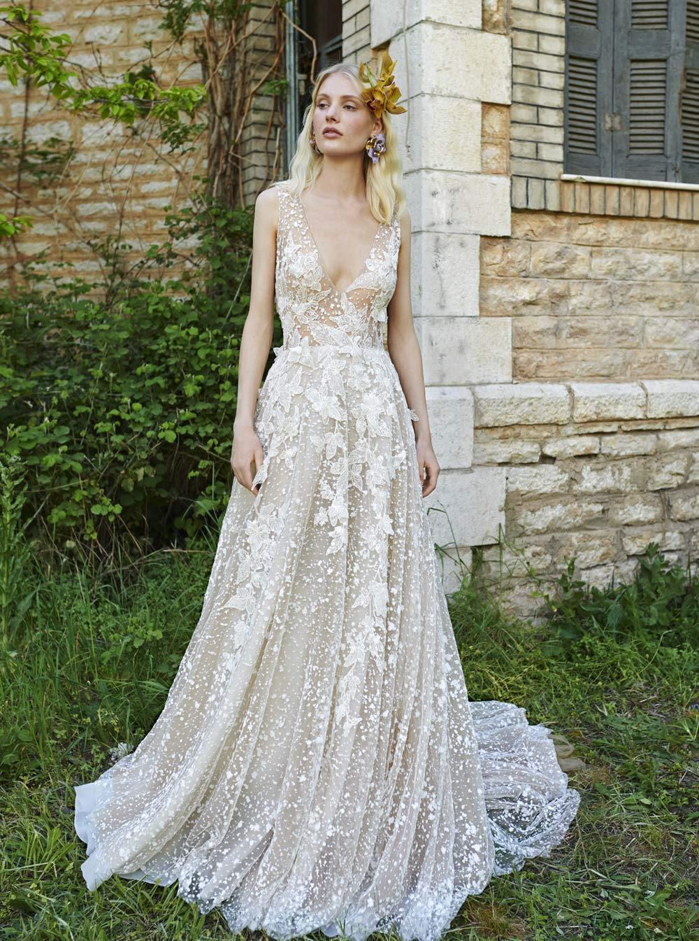 Mondo Bridal - COSTARELLOS BRIDAL SPRING 2019 - V-Neck Tulle Gown