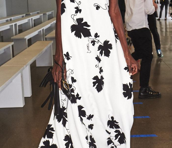 Oscar De La Renta – Grape Leaf-Embroidered Wool Dress