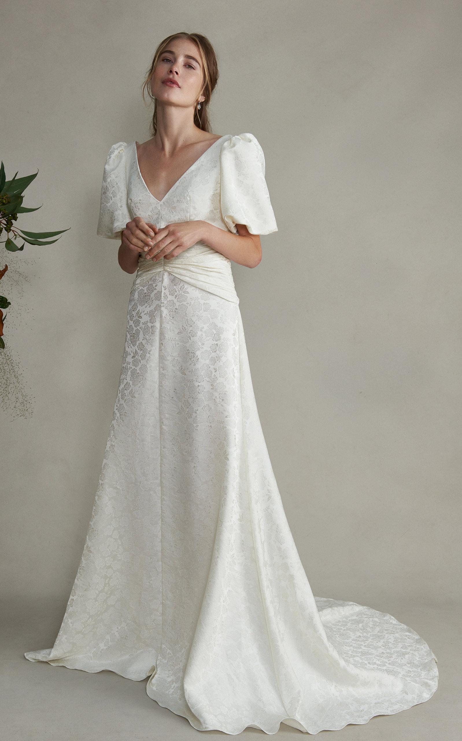 Markarian - Esmeralda V-Neck Silk Floral Dress With Train