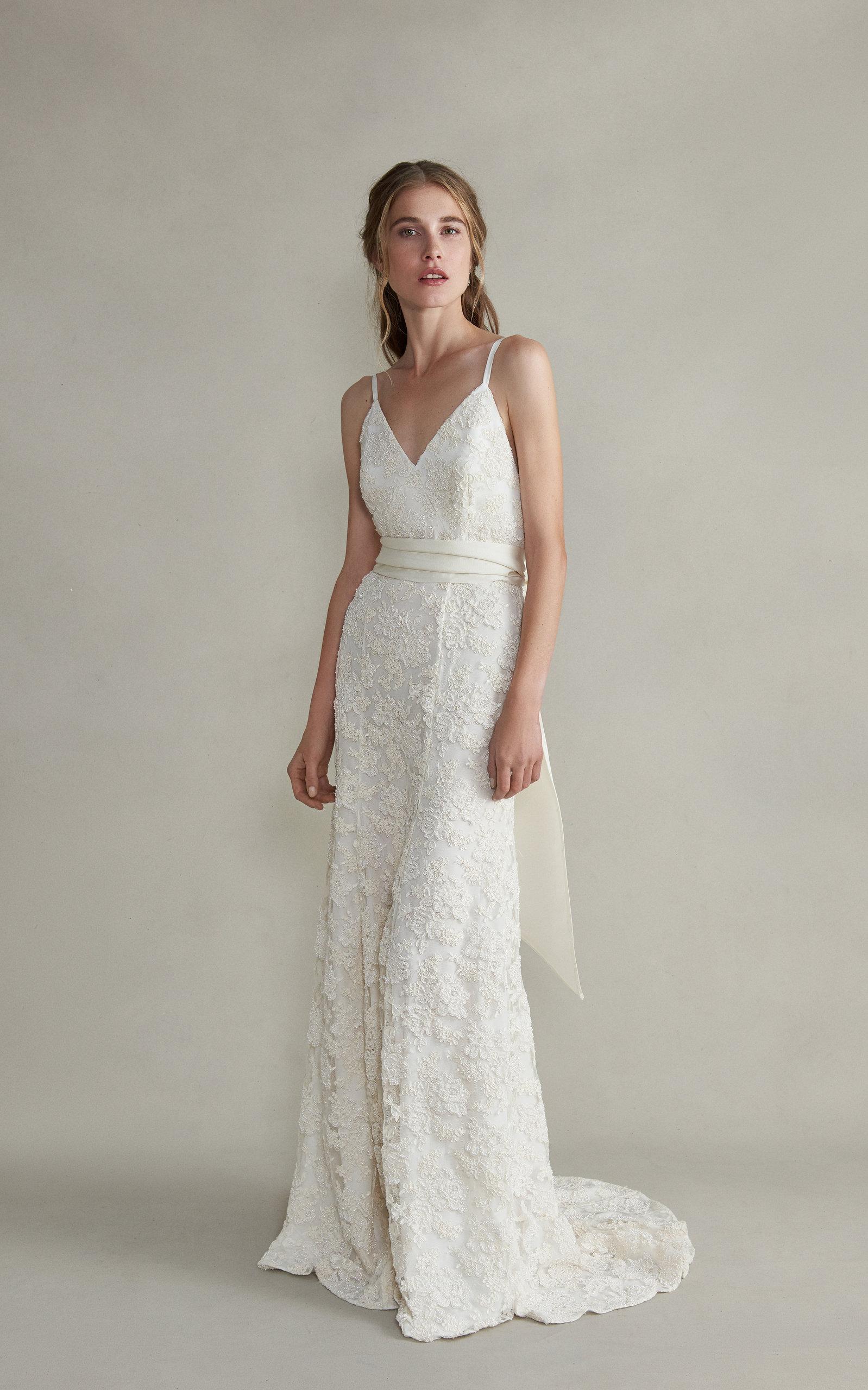 Markarian - Aurelia Cami V-Neck Lace Gown