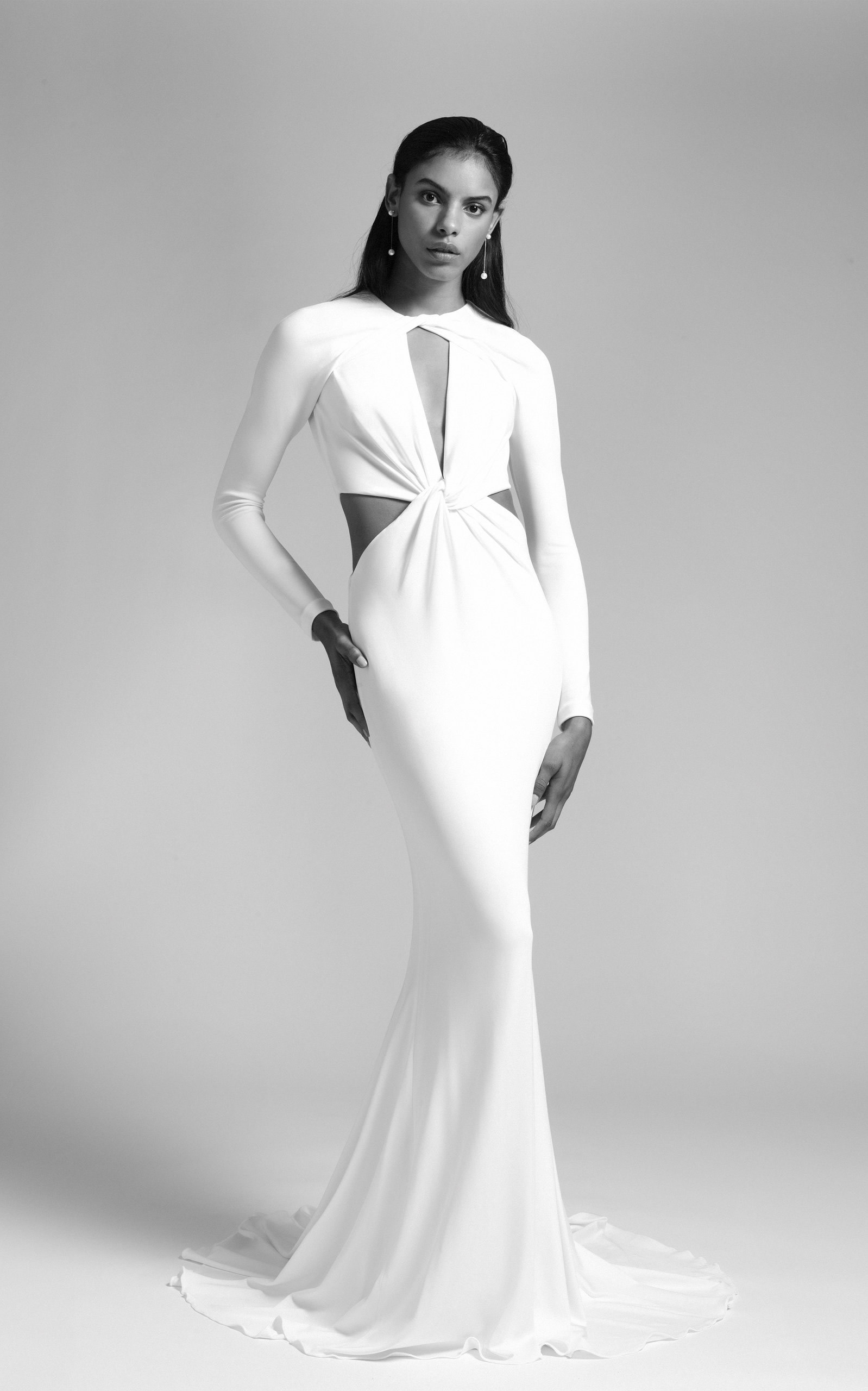 Cushnie Bridal - Vanessa Long Sleeved Deep V Gown