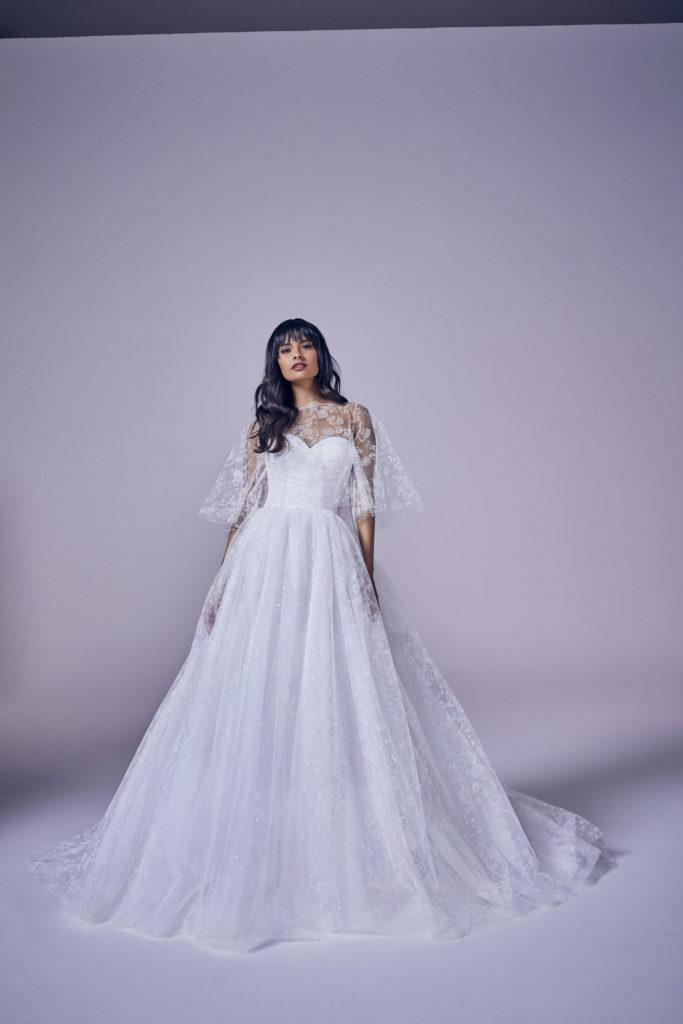 Suzanne Neville - Amora Ivory Wedding Dress - Modern Love Collection 2021
