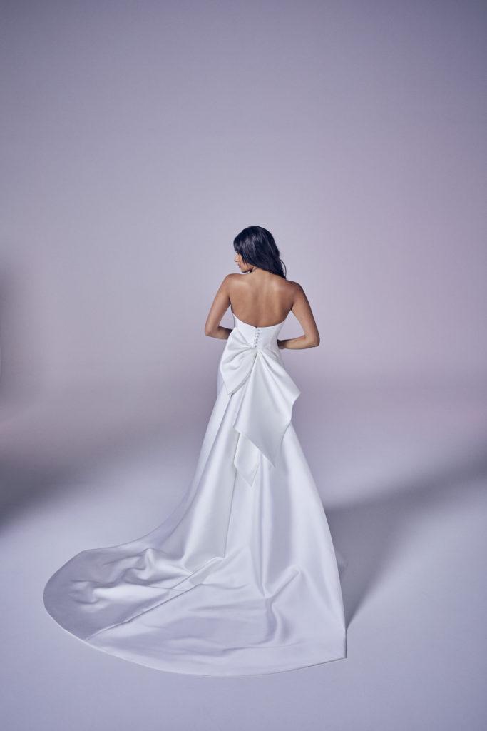 Suzanne Neville - Joy Wedding Dress - Modern Love Collection 2021