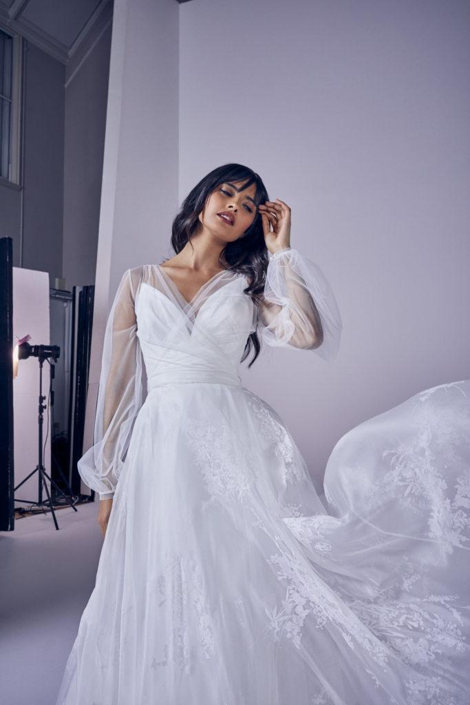 Suzanne Neville - Lysandra Crop Wedding Dress - Modern Love Collection 2021