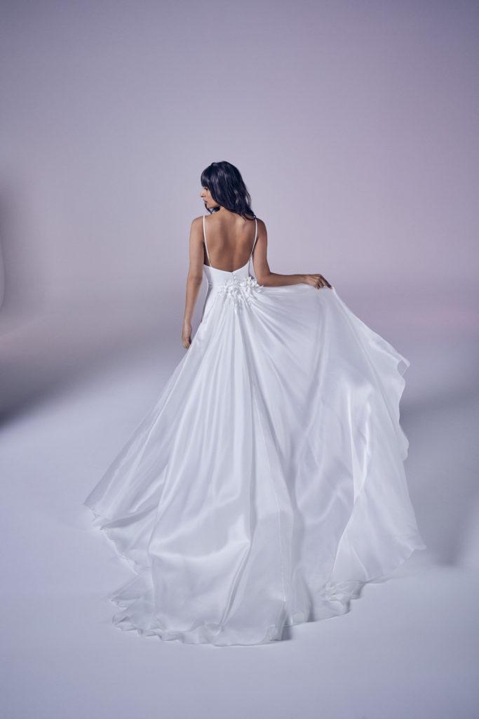 Suzanne Neville - Tabitha Romance Train Wedding Dress - Modern Love Collection 2021