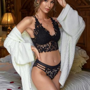 Romantic Bridal Floral Lace Cut-out Lingerie Set in Black